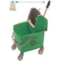 Rubbermaid Eimer und Mopppresse grün mit Kentucky Mop grün und Besenstiel ECO grün